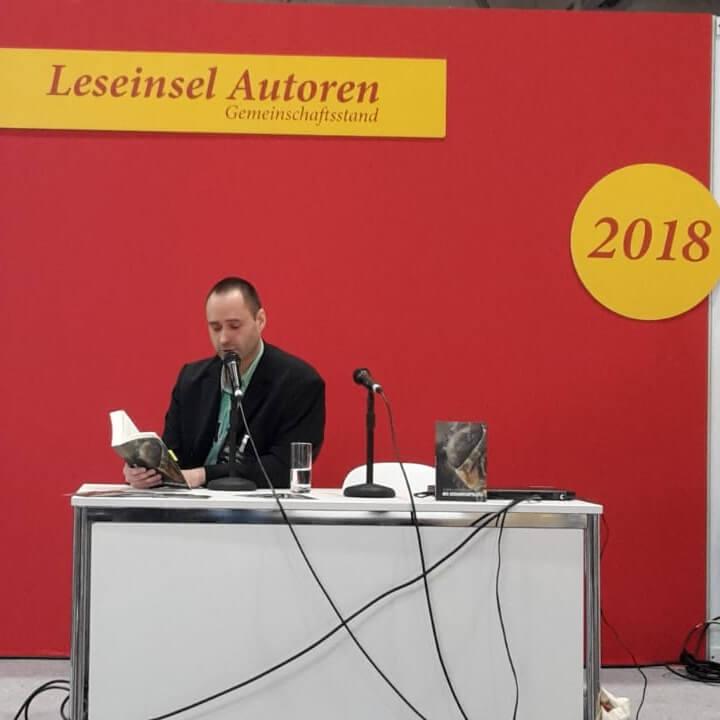 """Thomas Dobrokovsky liest """"Die Gedankenpolizei"""" auf der Leipziger Buchmesse"""